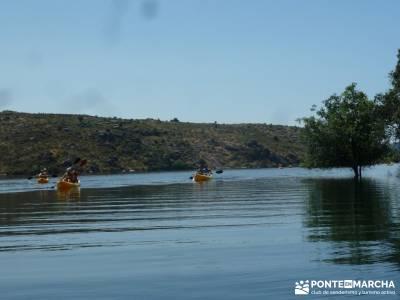 Piragua El Atazar;grupos montaña madrid viajes diciembre senderismo madrid